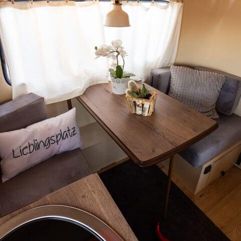 Caravan Eriba – kitchen and dining area