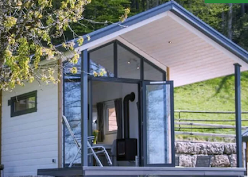 Small House mit Blick ins Innere