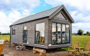 mobiles-chalet-island-mobiles-tiny-house
