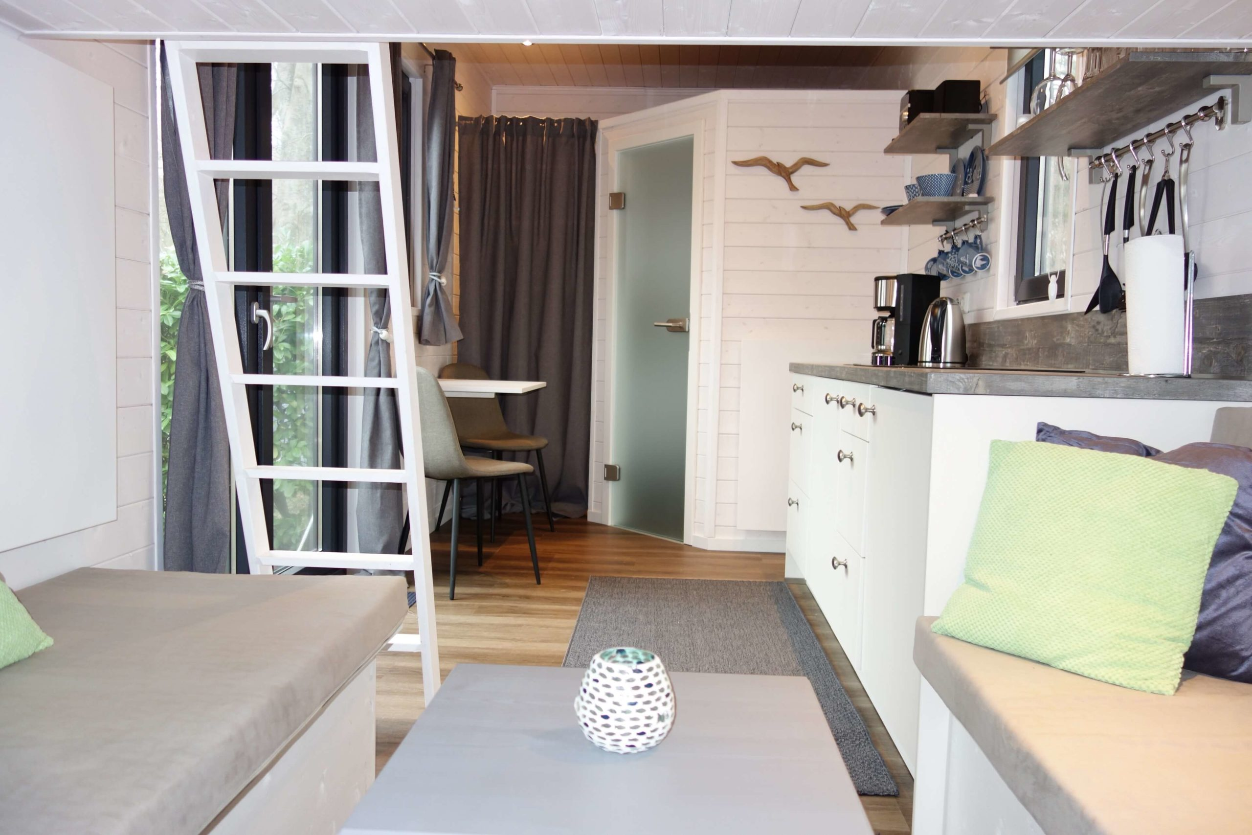 tiny-house-mobiles-tiny-house01